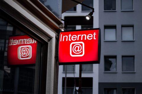 Bisnis Dan Internet